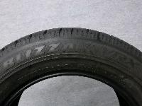 ブリヂストン・VRX:215/60R16・スタッドレスタイヤ/4本セット