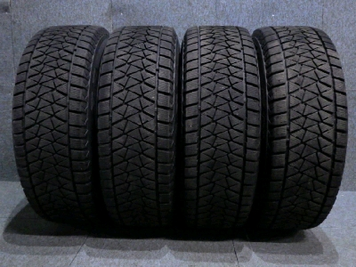 ブリヂストン・BLIZZAK DM-V2:245/70R16・スタッドレスタイヤ/4本セット
