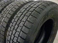 DUNLOP WINTER MAXX WM01:215/70R15・スタッドレスタイヤ/4本セット